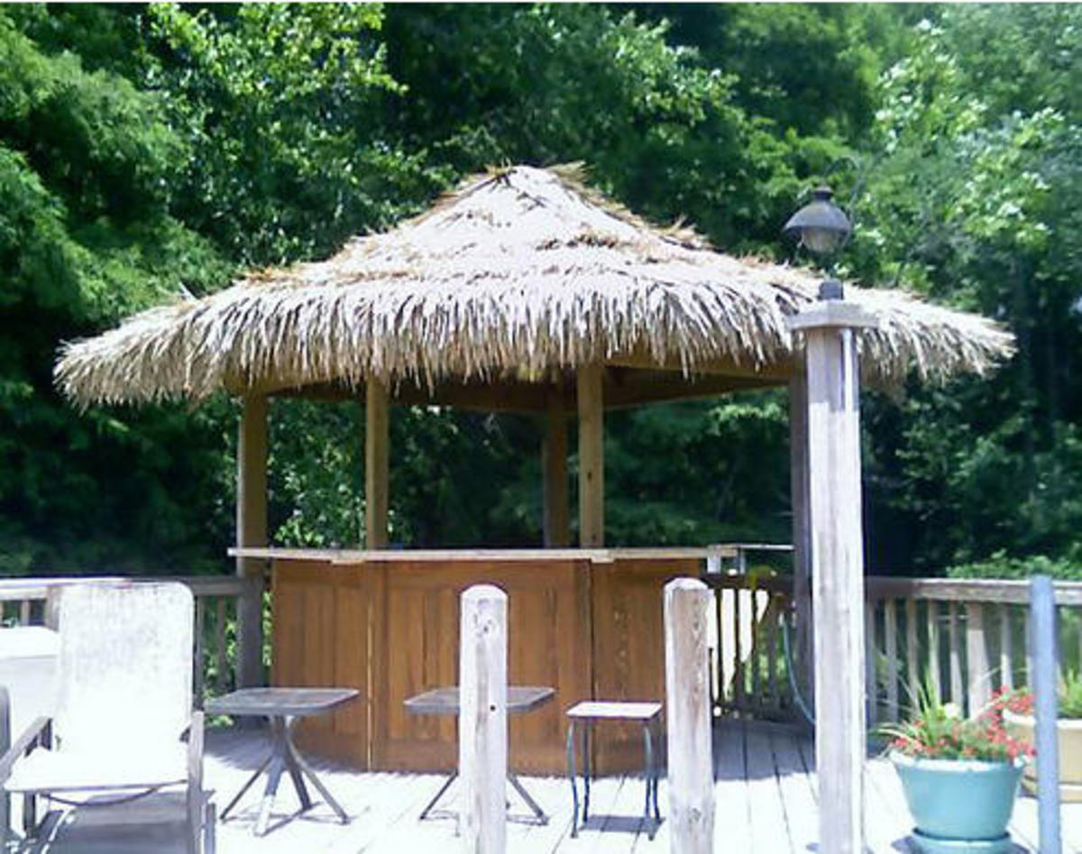 Plans for how to build a tiki hut for Beach hut plans