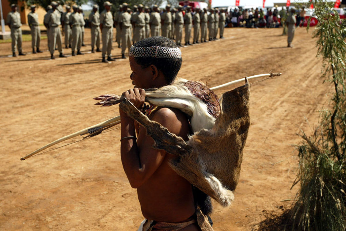 Bushmen still try to live the way they lived 10 000 years ago, but fences are restricting them.