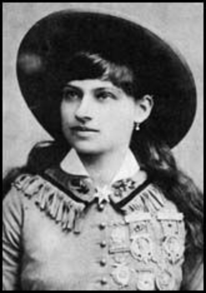 Annie Oakley - Little Sure Shot