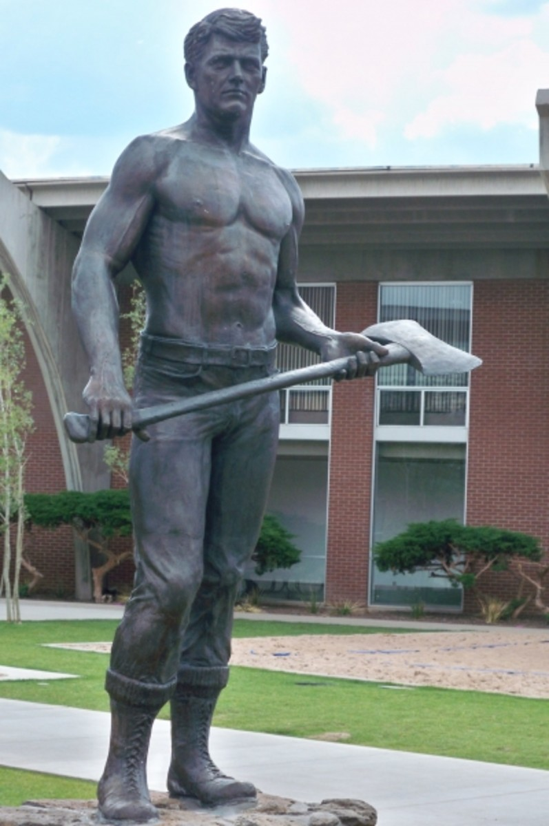 The bronze that caused a bit of a stir when it was first erected, due to this clean-cut lumberjack's bare chest