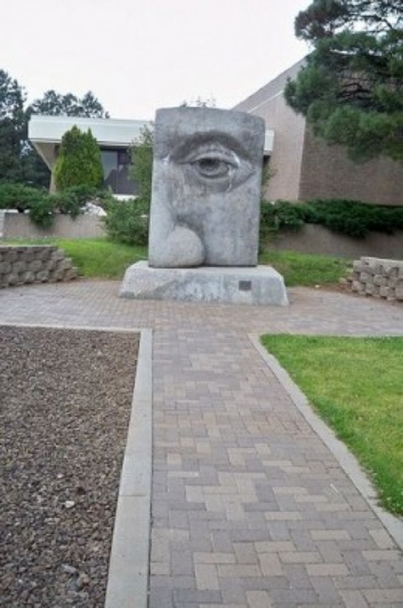 """Seeing the New Dawn"" by Jason Lanecan, commissioned for the NAU Centennial in 1997"
