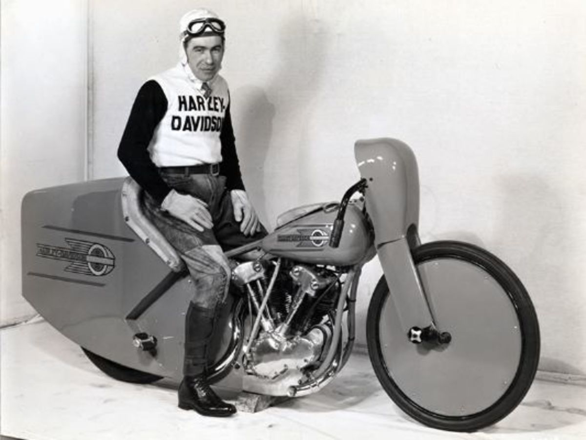 1937 Joe Petrali on His Record-Breaking Bike © 2001-2009 H-D.