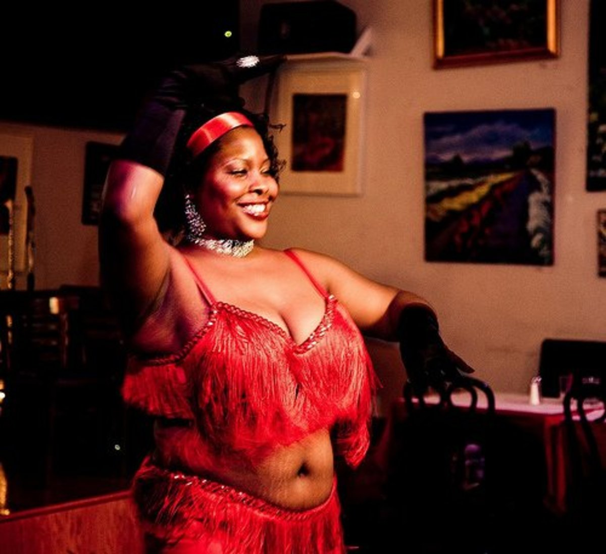 Mature belly dancers can look great in the right costume