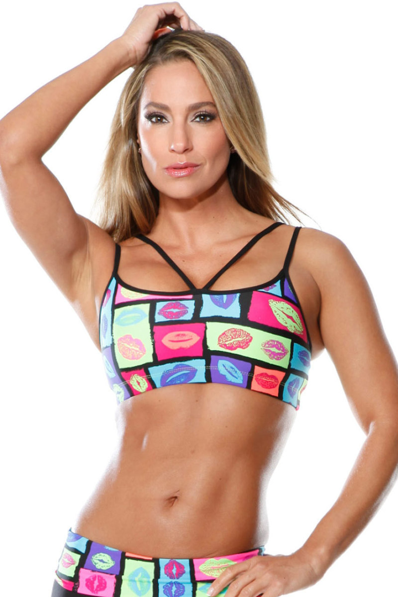 Jennifer Nicole Lee - Female Fitness Model