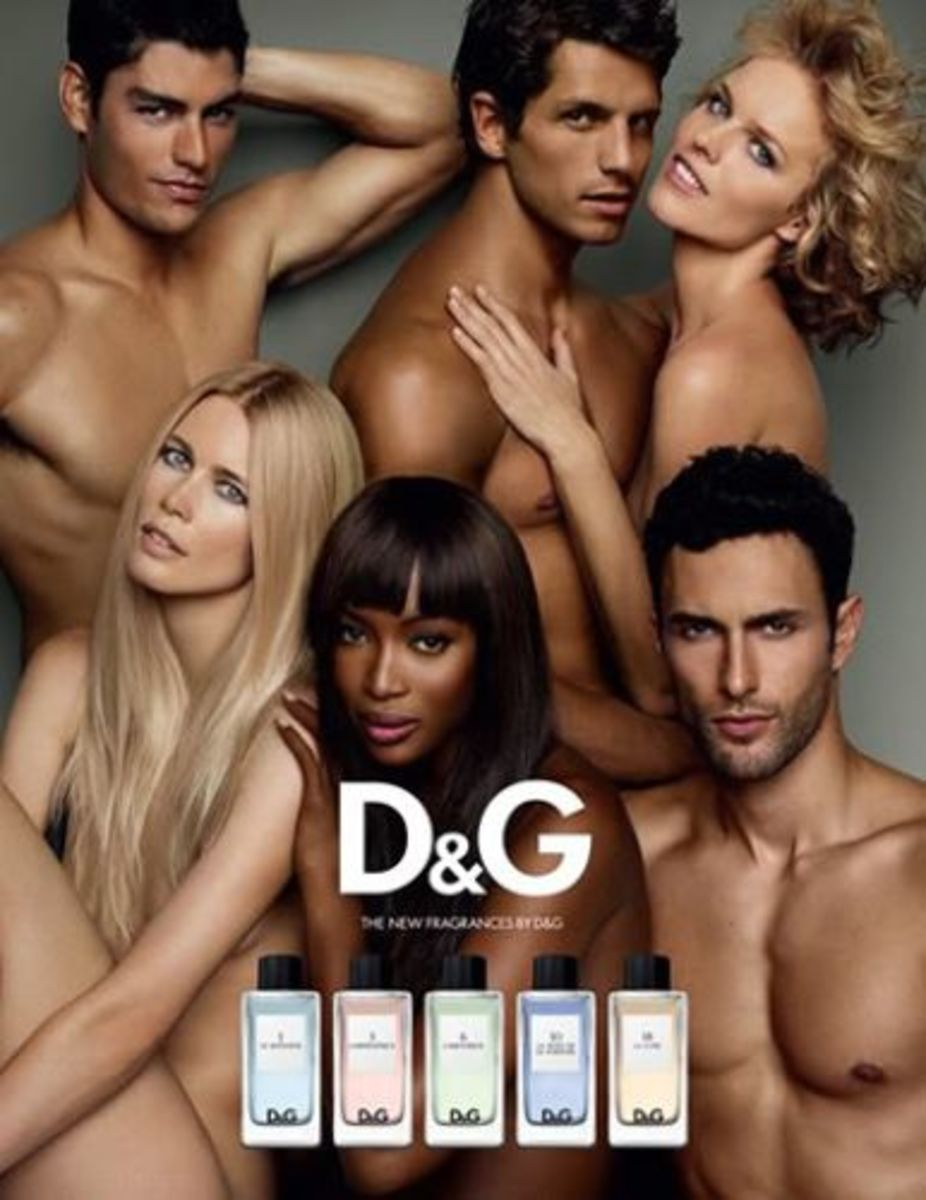 Models pose together for D&G Fragrance Anthology ads