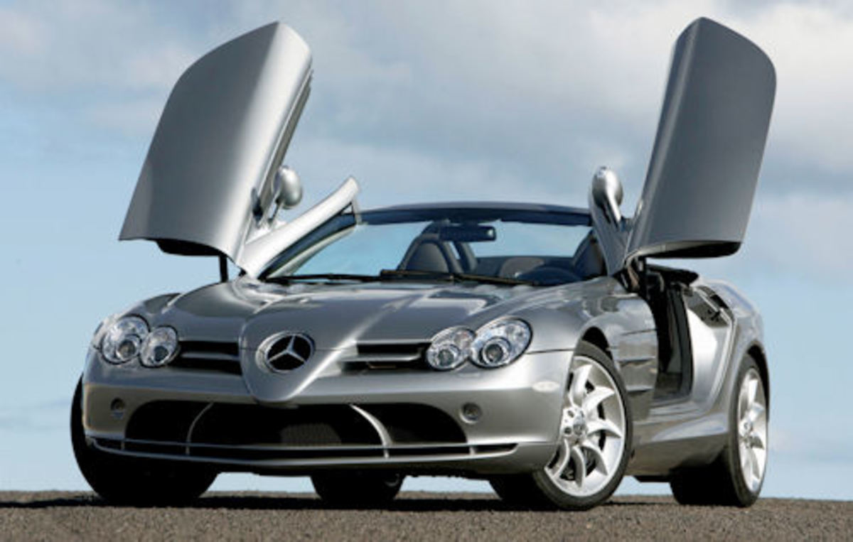 9. Mercedes Benz SLR McLaren Roadster