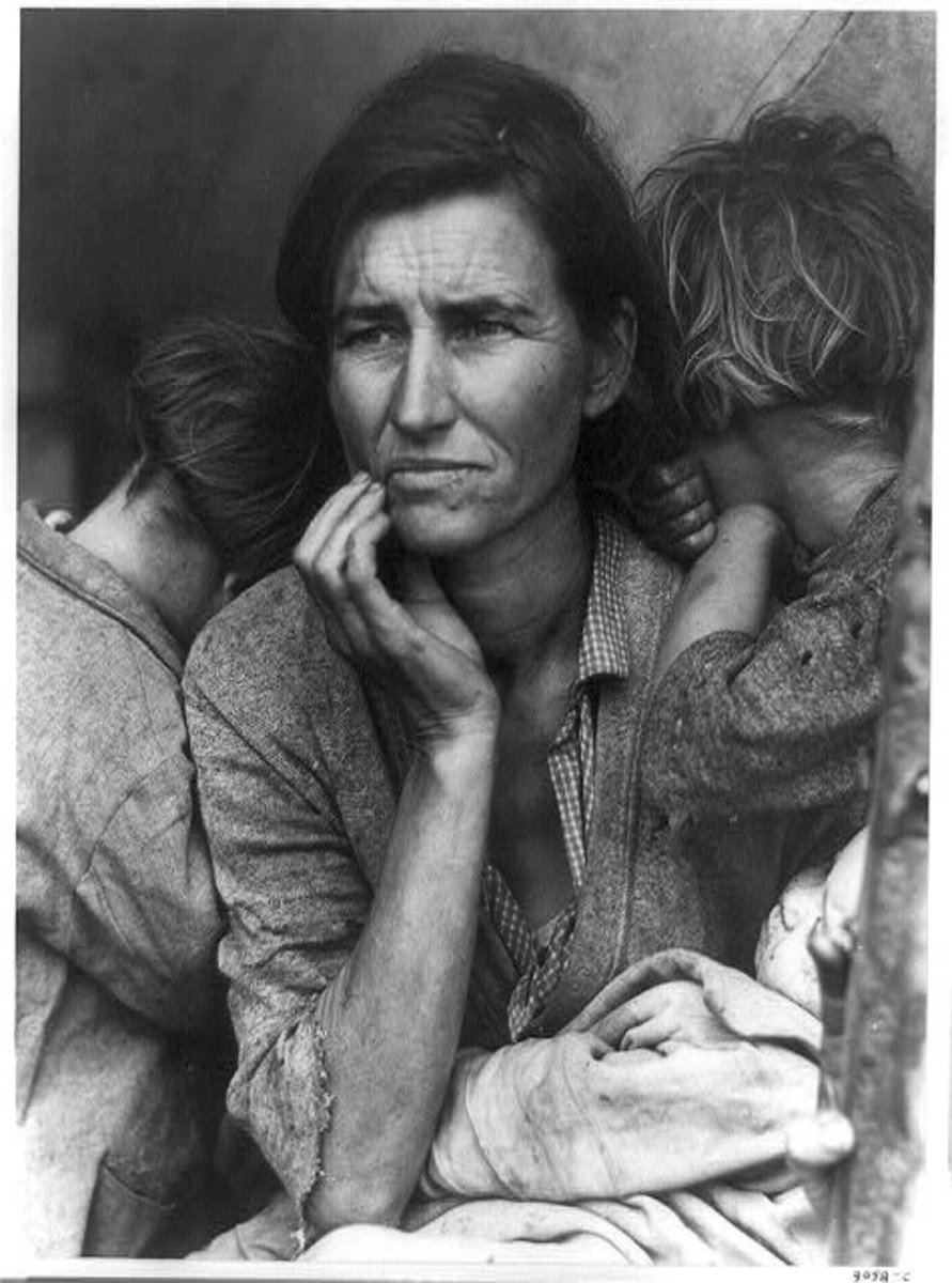 """MIGRANT MOTHER"" BY DOROTHEA LANGE IN 1936"