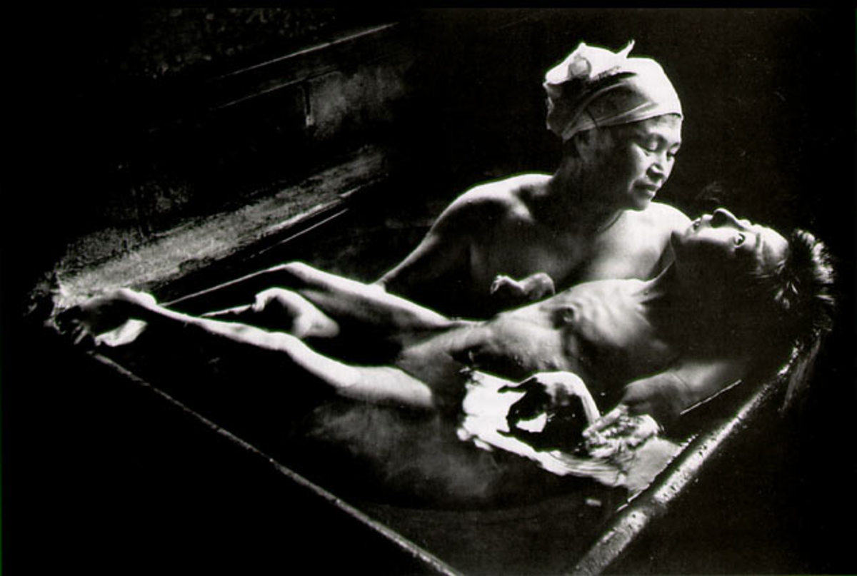 """TOMOKO UEMUIA IN HER BATH"" BY W. EUGENE SMITH IN 1972"