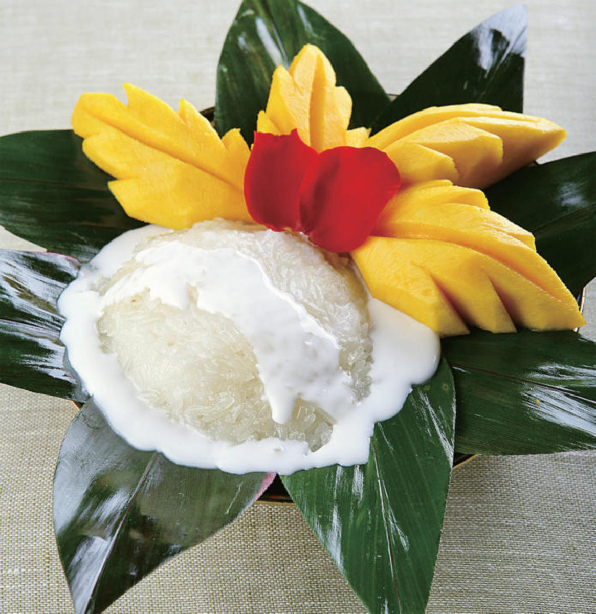 Delicious coconut sticky rice with mango dessert