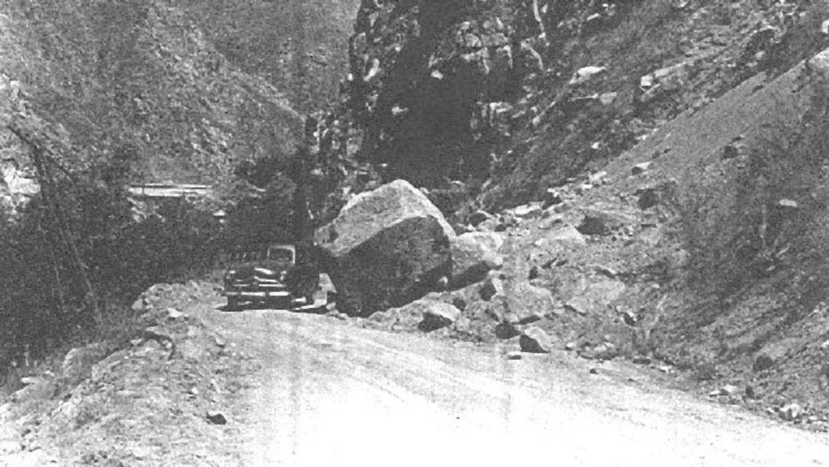 1952 Earthquake damage