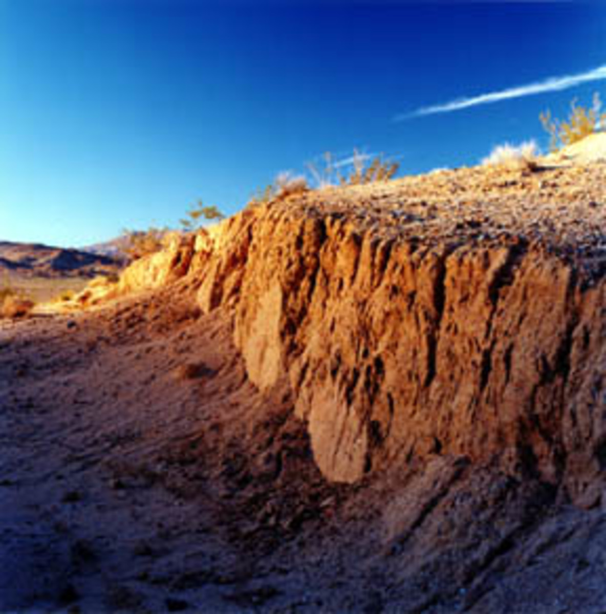 This north-facing view is from the June 28, 1992 earthquake that occurred in the Mojave Desert, northeast of Los Angeles