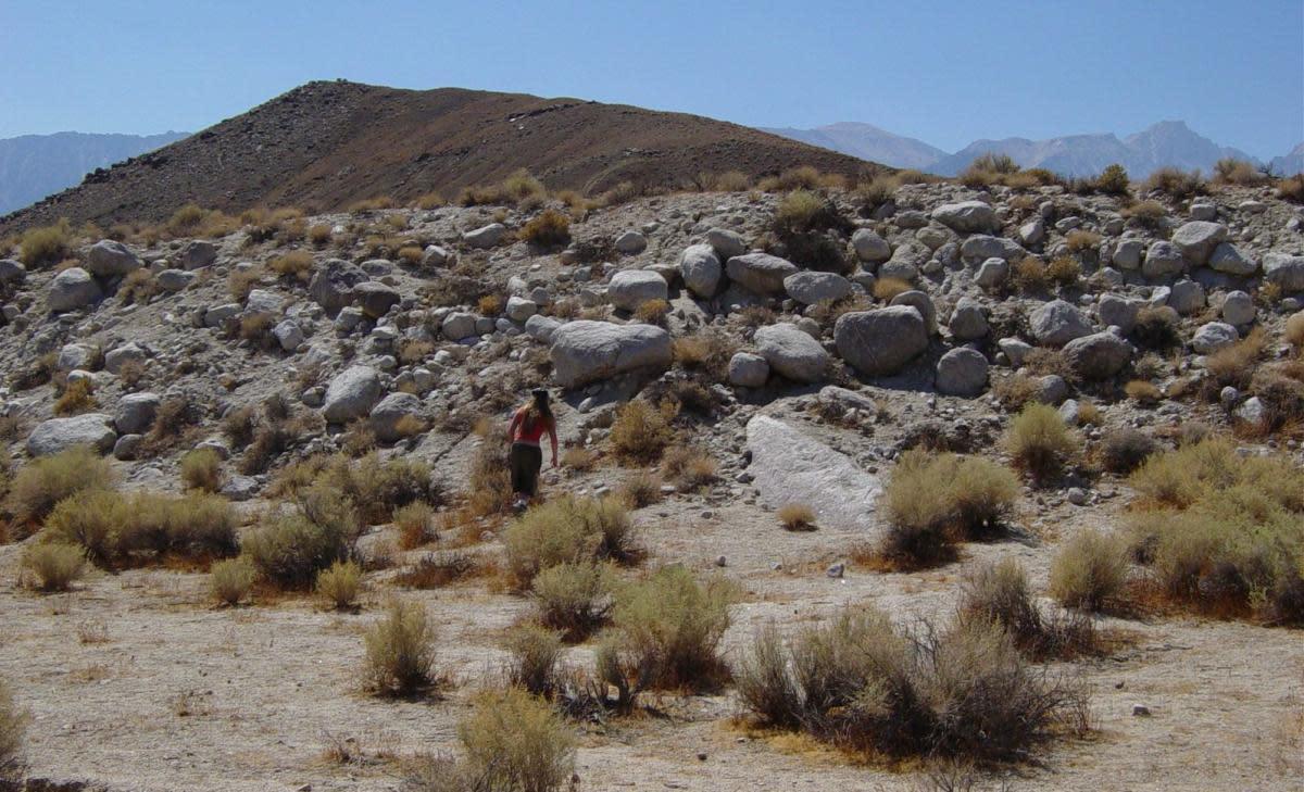 Lone Pine fault scarp