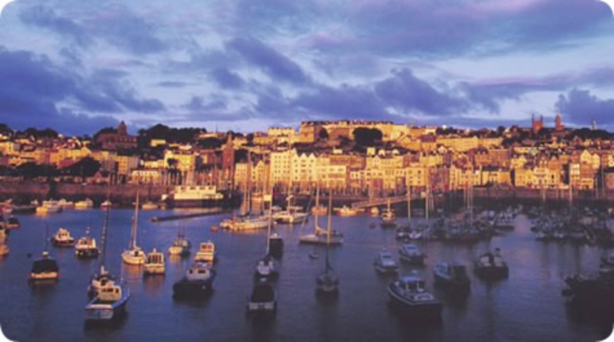 Picture courtesy of http://www.blueislands.com/destinations/guernsey