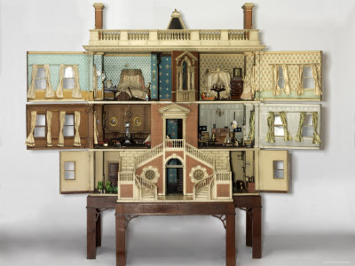 A 20th century doll's house