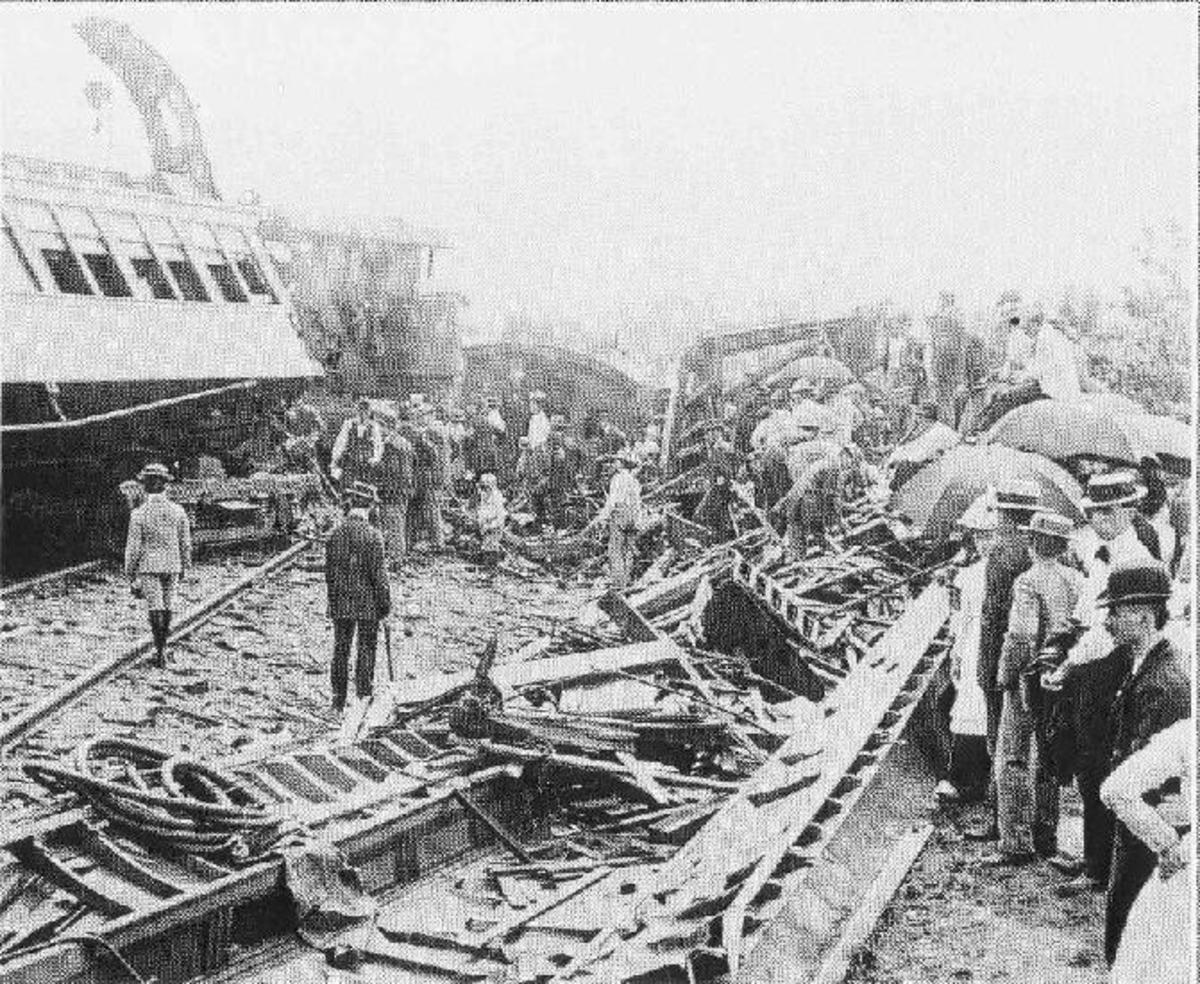The Hatfield Train Wreck in 1900