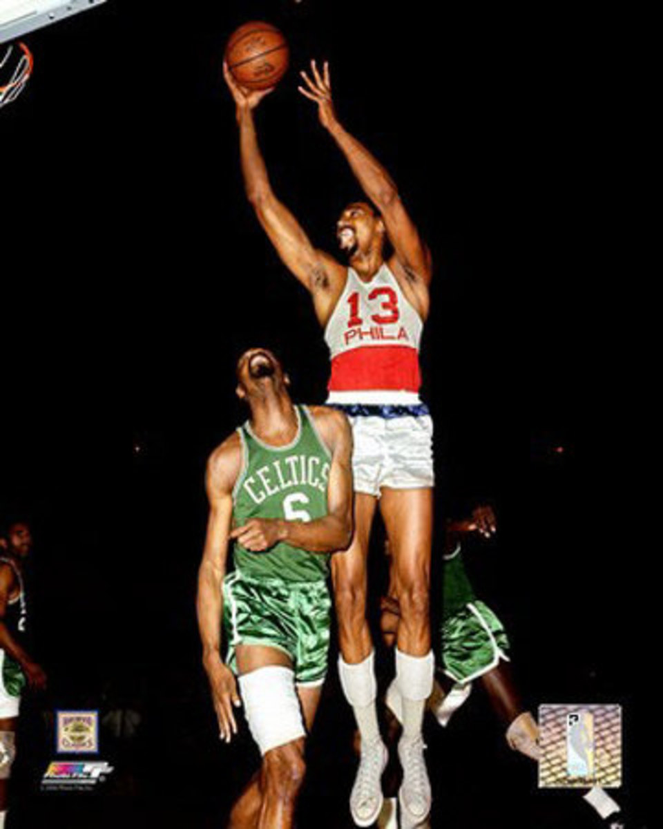 Wilt looks more like David Robinson than Shaquille O'Neal.