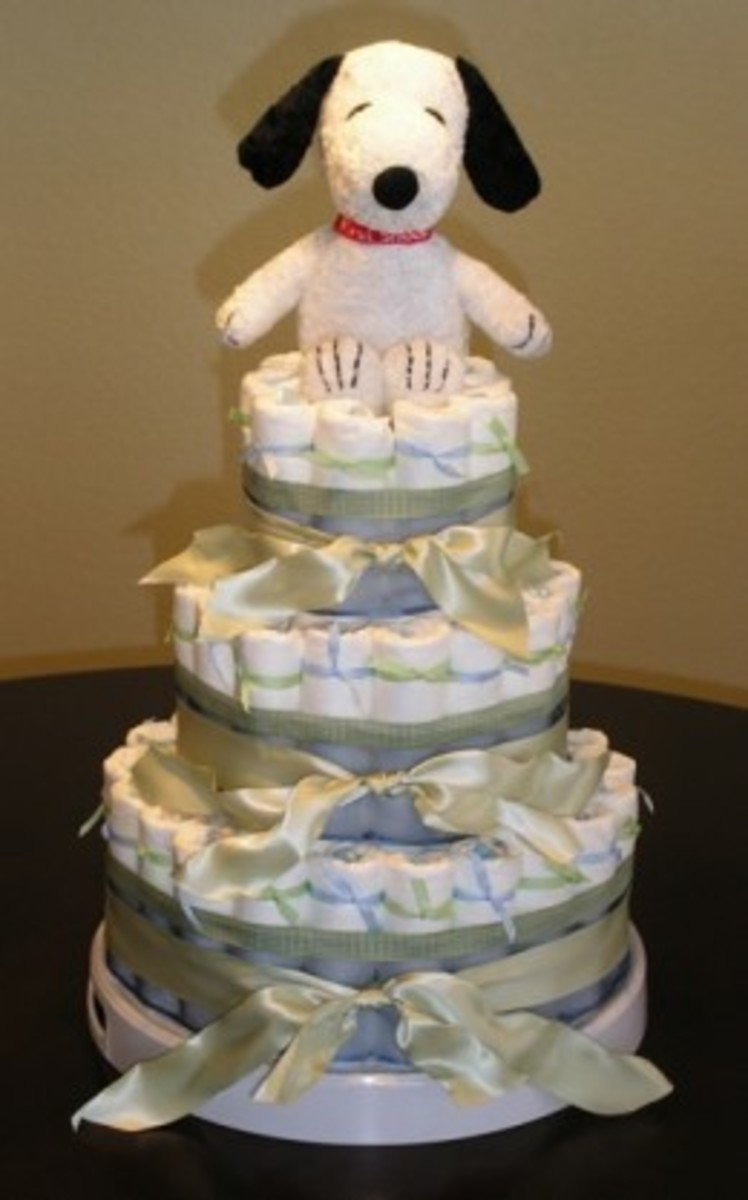 Baby Snoopy Diaper Cake
