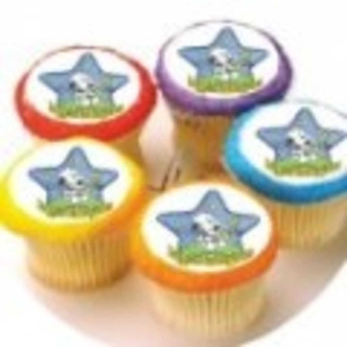 Baby Snoopy Star Cupcakes