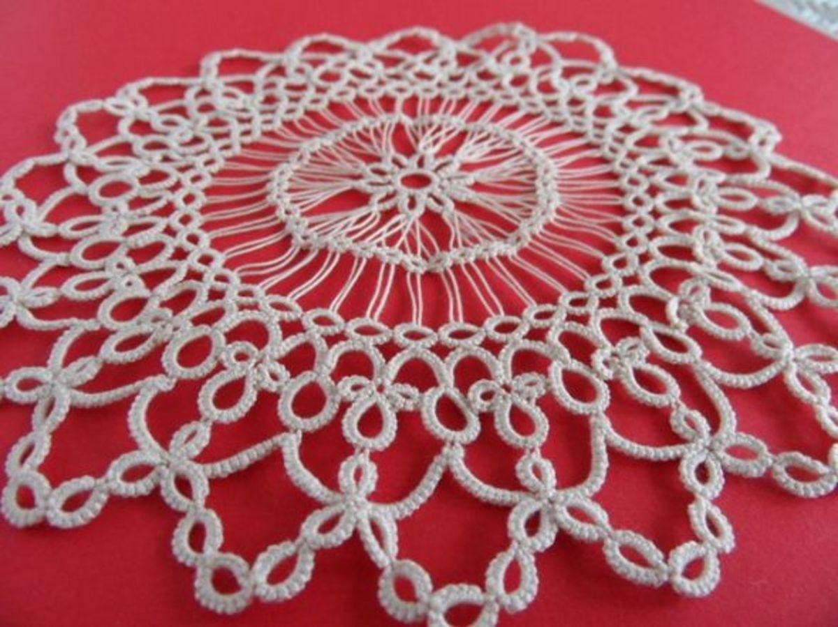 tatted-hairpin-lace-doily