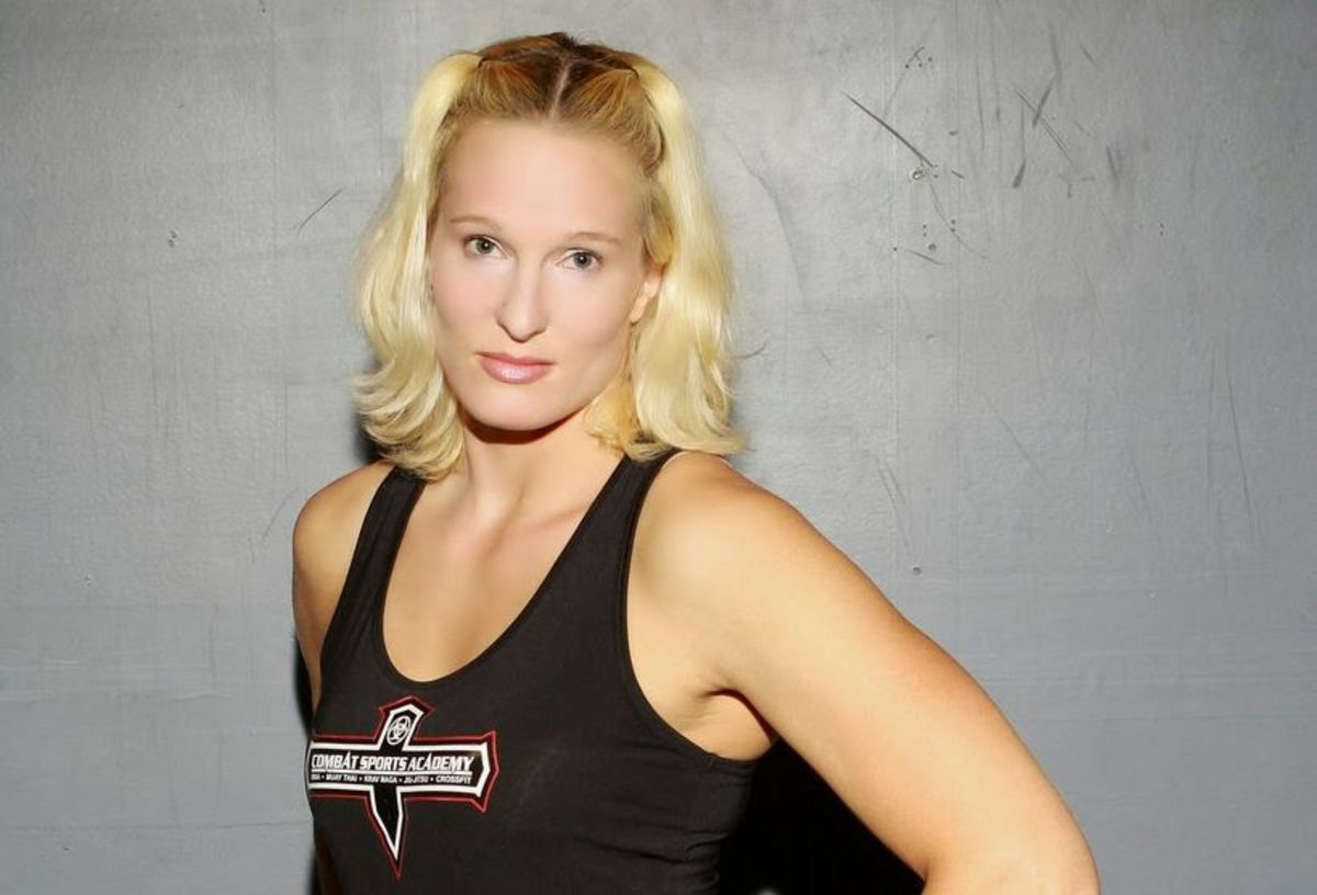 Elaina Maxwell - MMA Fighter