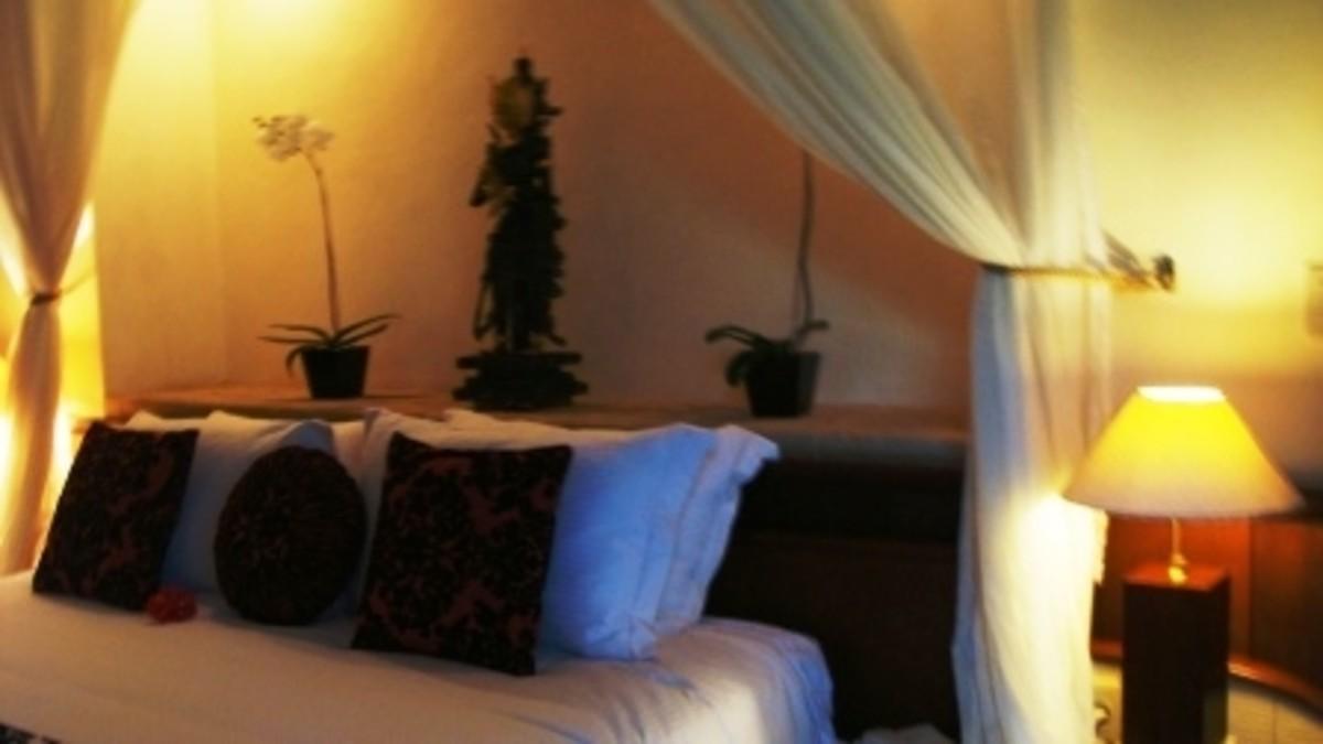 A bedroom in a villa in Bali