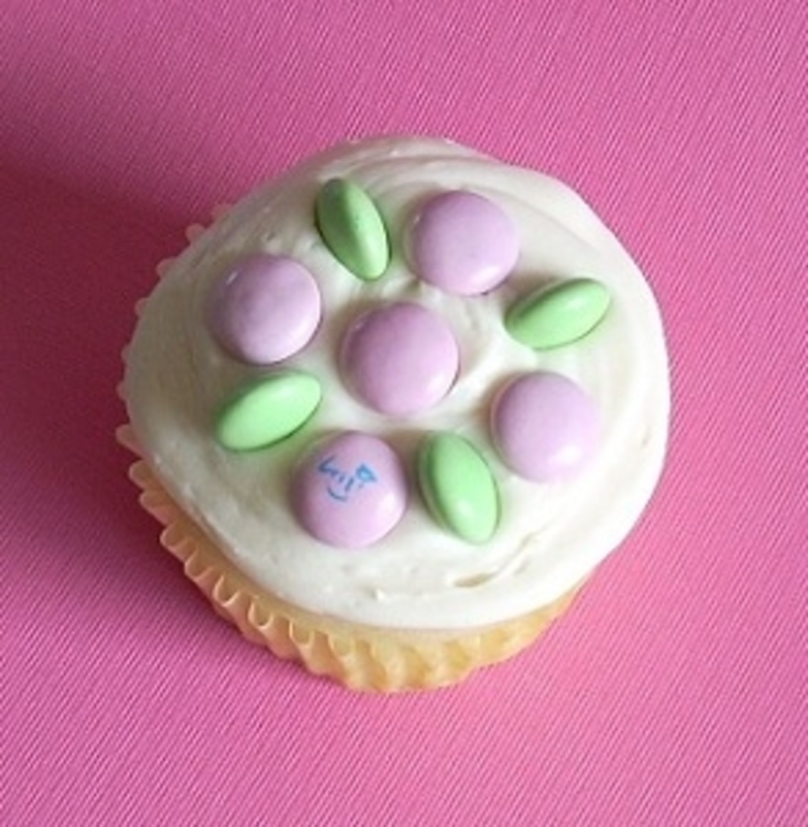 Pastel M&Ms Cupcake Ideas