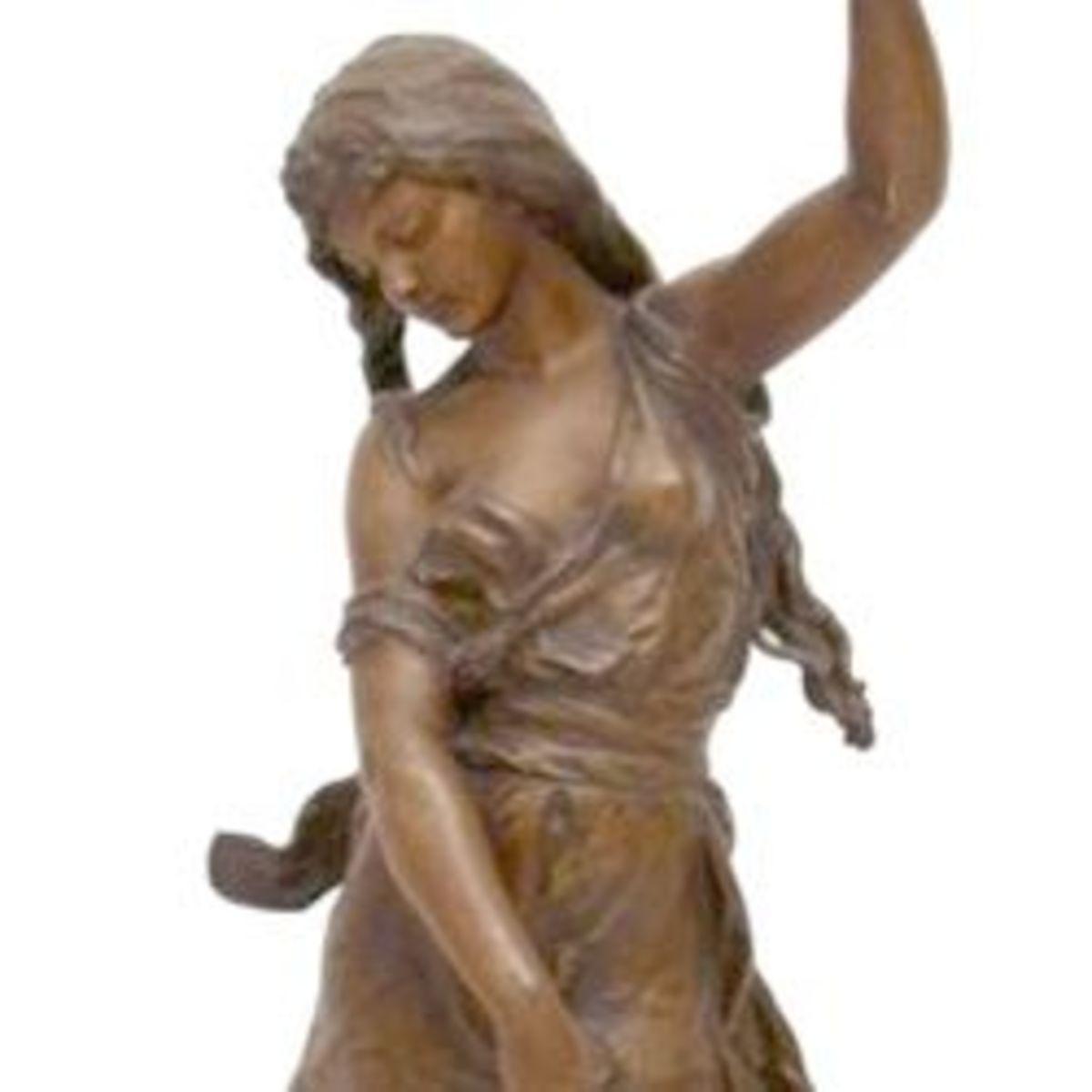 Hunchback of Notre Dame Sculpture
