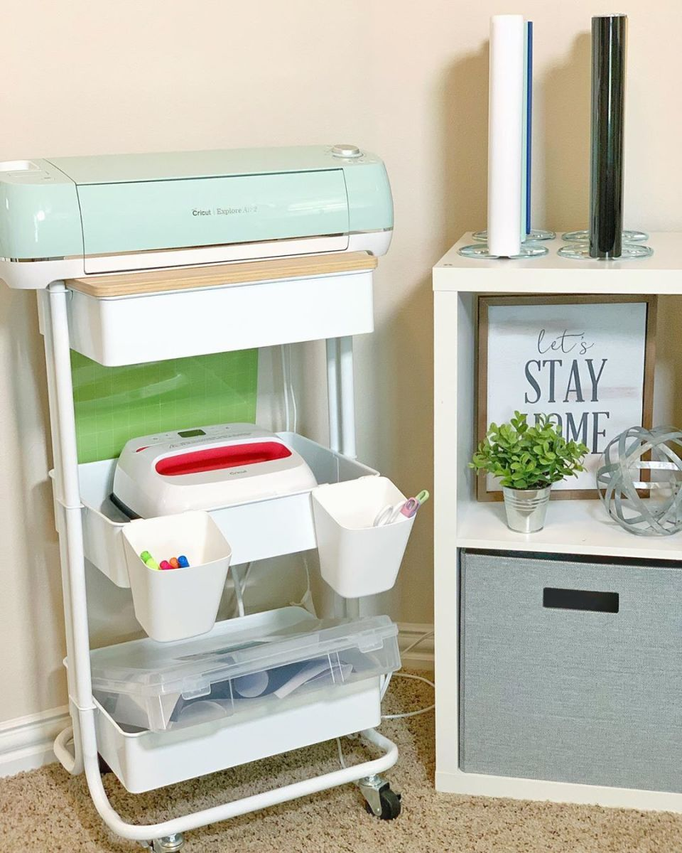 Keeping all your Cricut products together on a cart makes your crafting time more fun and keeps you organized