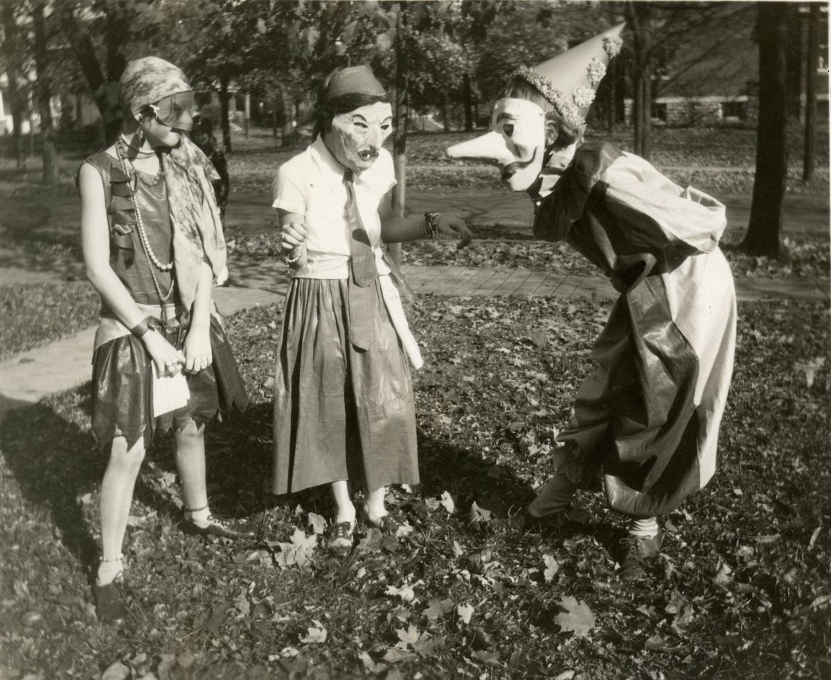Costumes from 1929