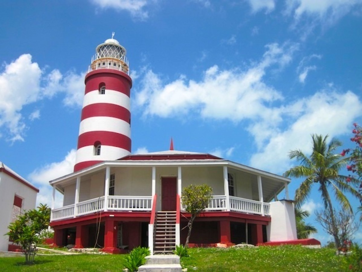 Lights on a Distant Shore: The Coolest Lighthouses in the World