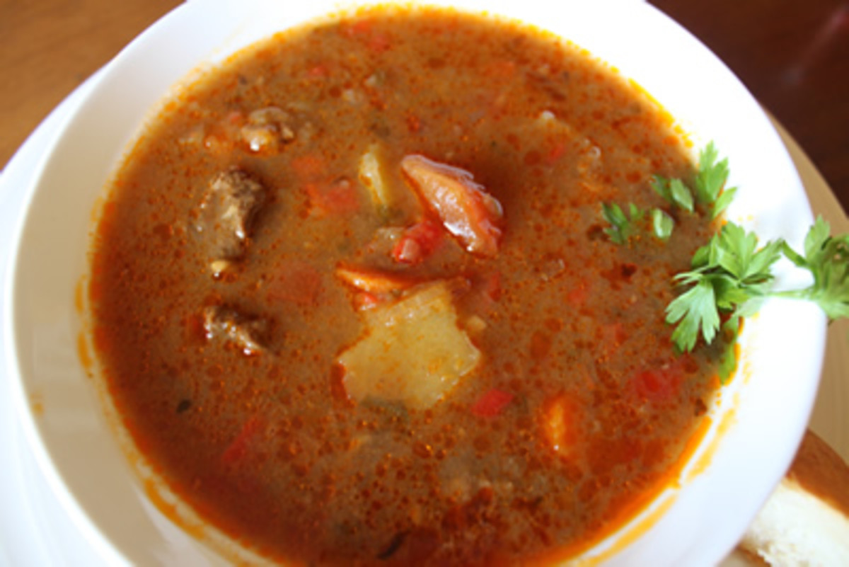 tarif: traditional hungarian goulash soup recipe [14]..