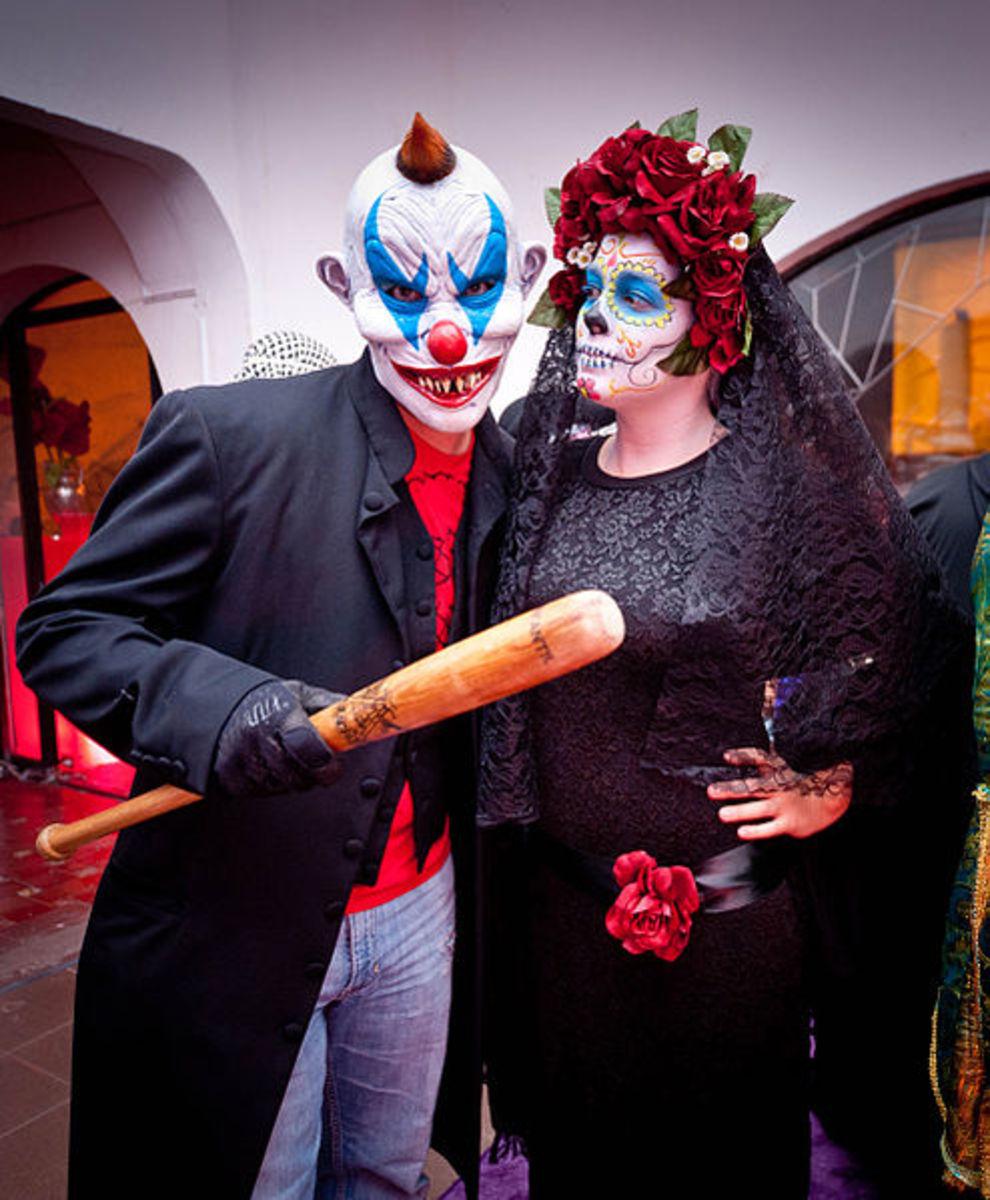 Halloween Evil Clown Costume. Too scary!!!