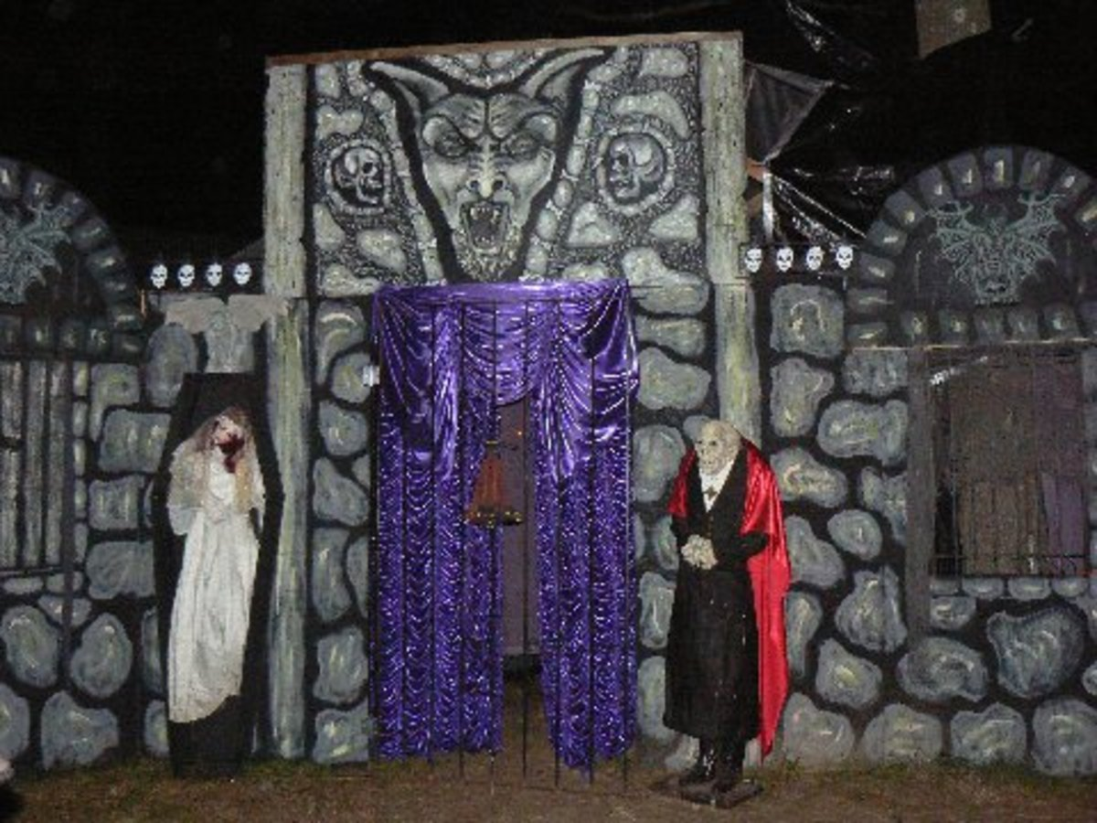 Haunted House, Open for Business!