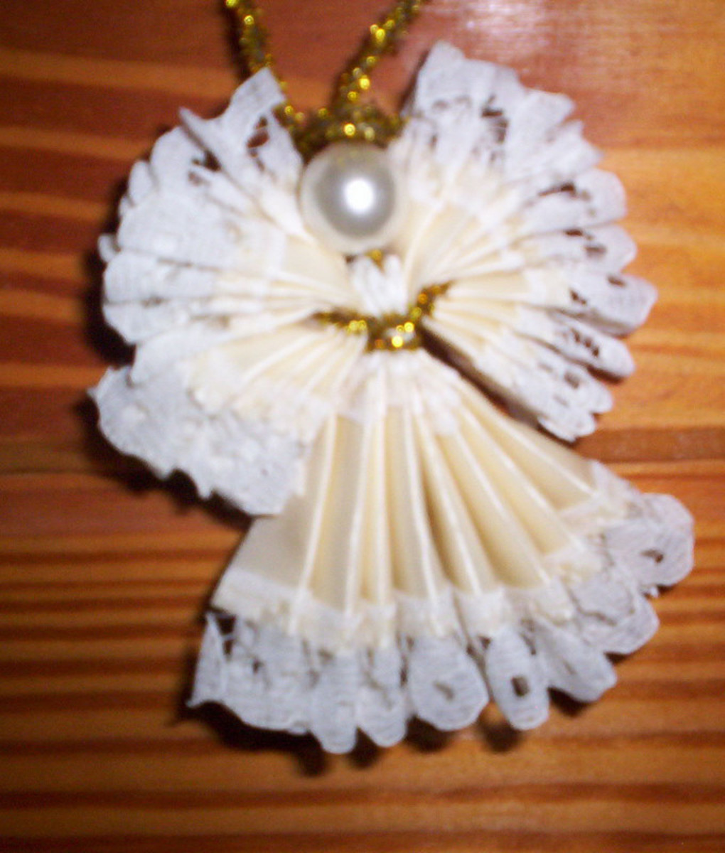 how-to-make-christmas-angels-from-lace-edged-ribbon