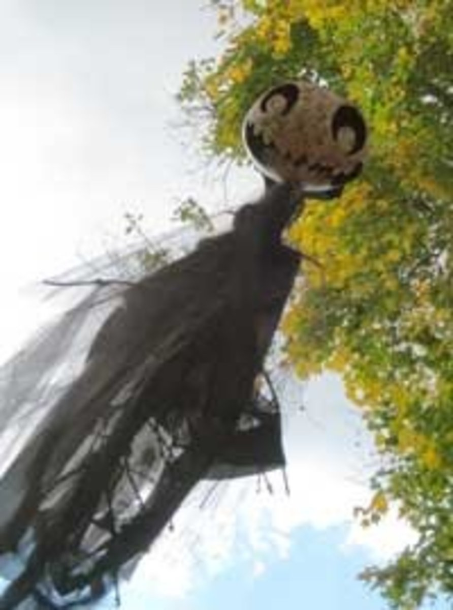 PA Ren Faire paper mache ghoul