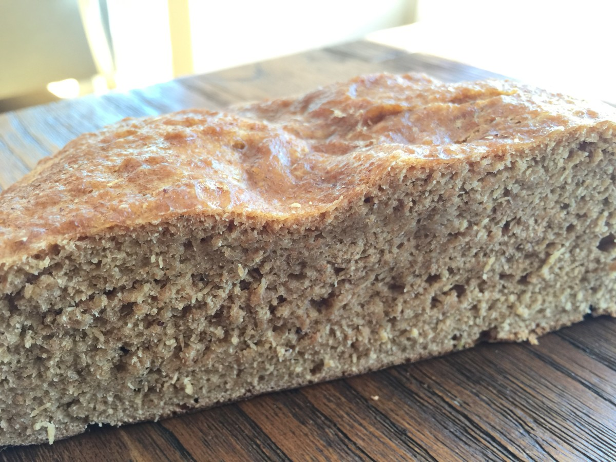 Einkorn bread: no huge holes (because no wheat gluten) but a great texture and an unbeatable taste.