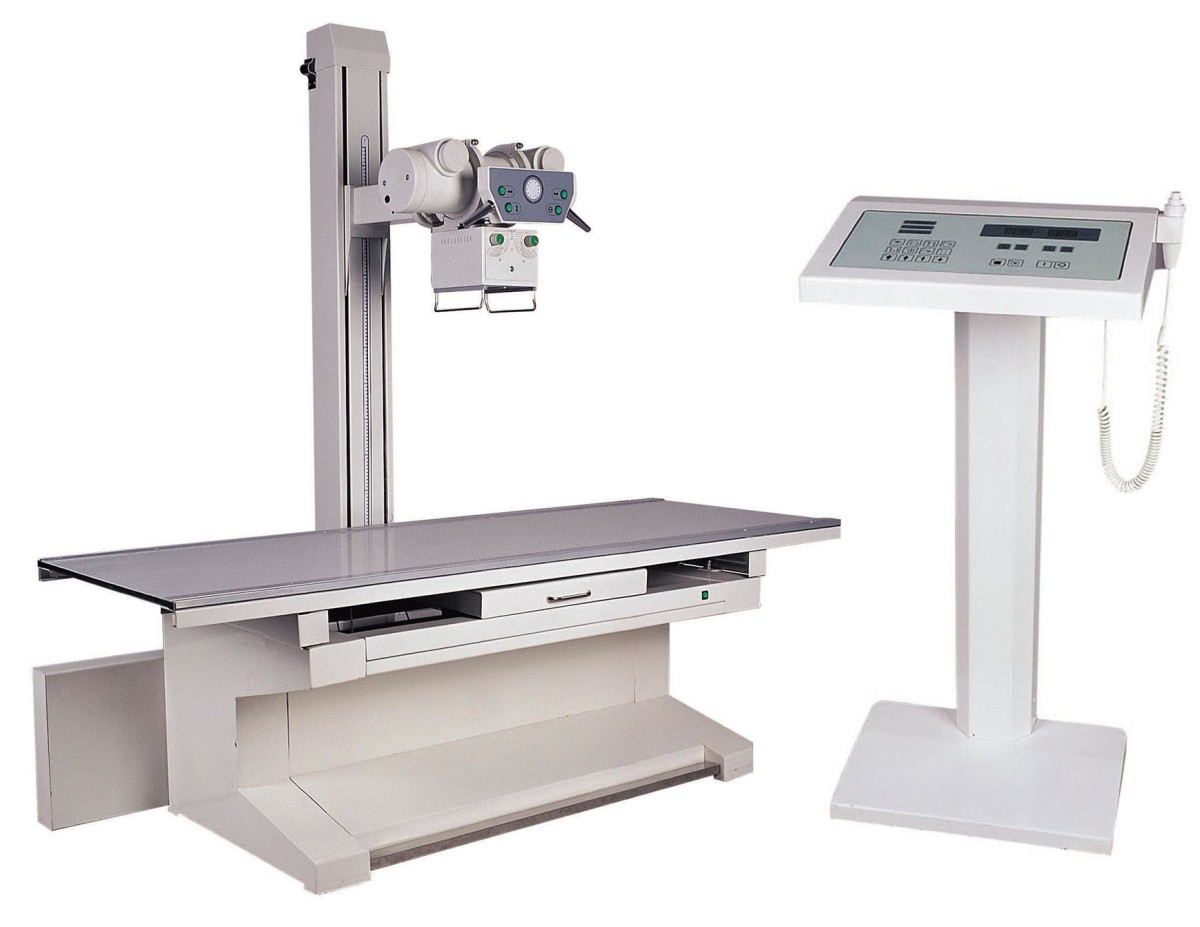 X Ray Machine to guide the syringe into the exact lumbar region