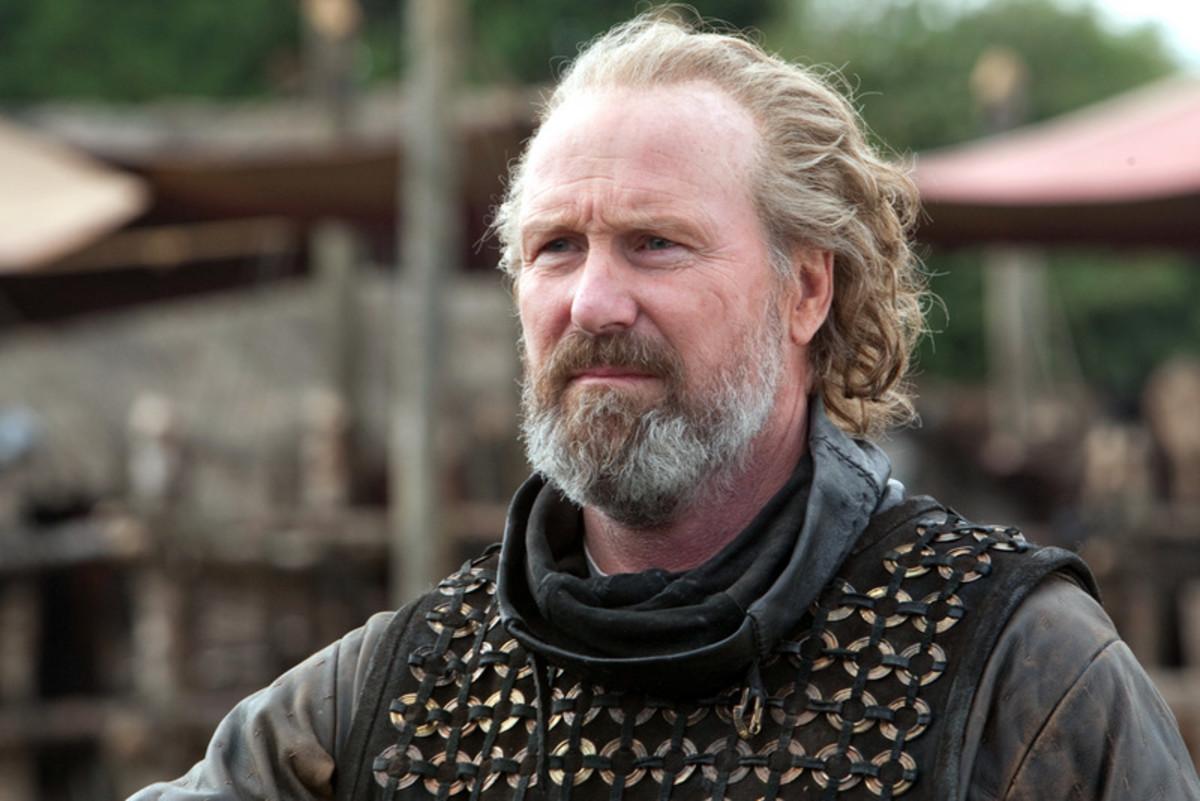 William Hurt plays William Marshal in Robin Hood (2010)