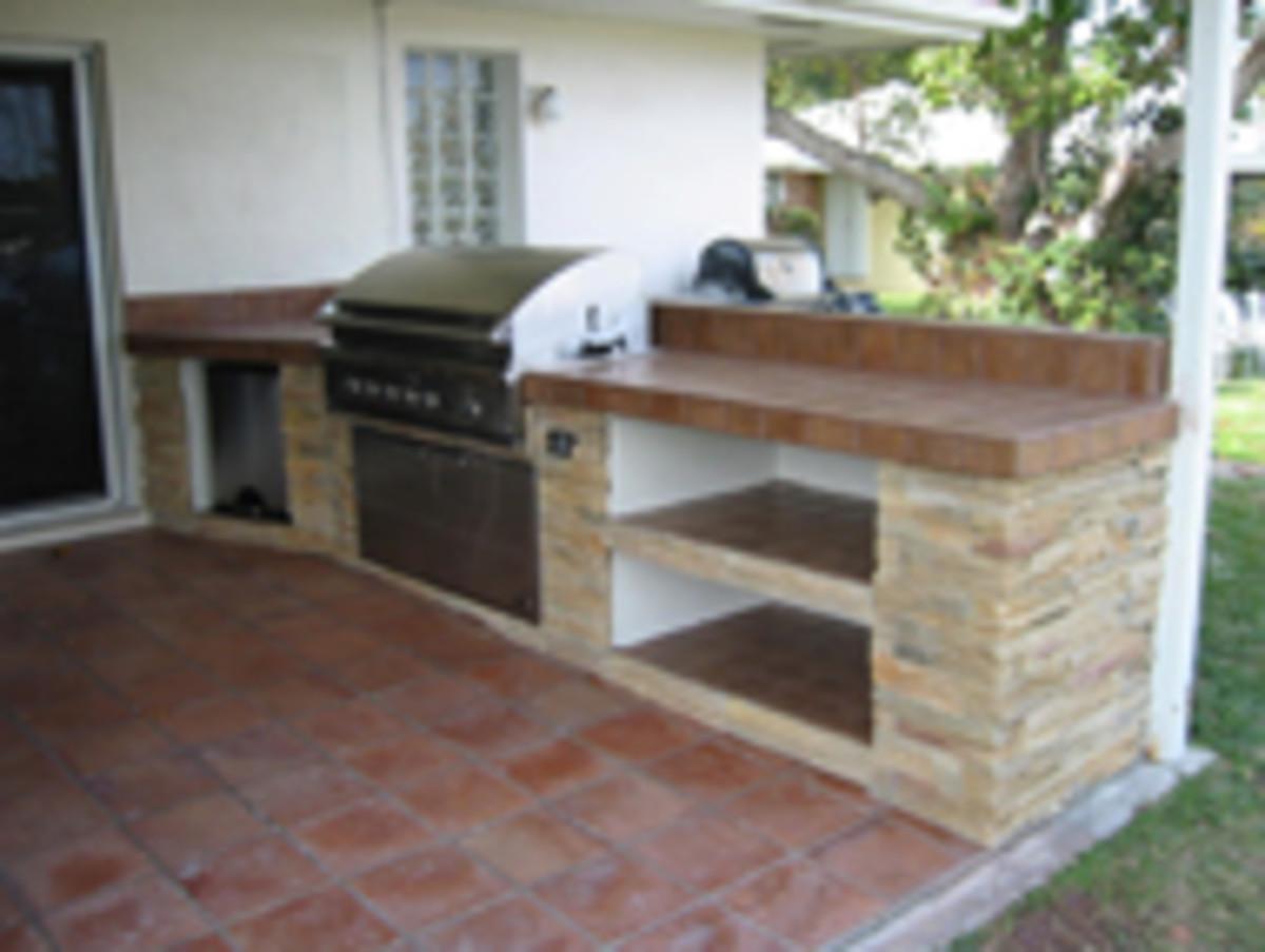 DCS custom outdoor kitchen