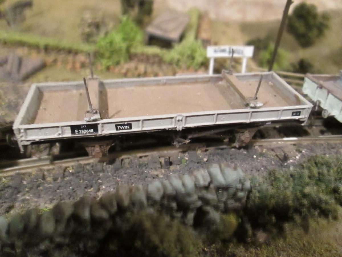 LNER/BR Twin Bolster, (Parkside again)