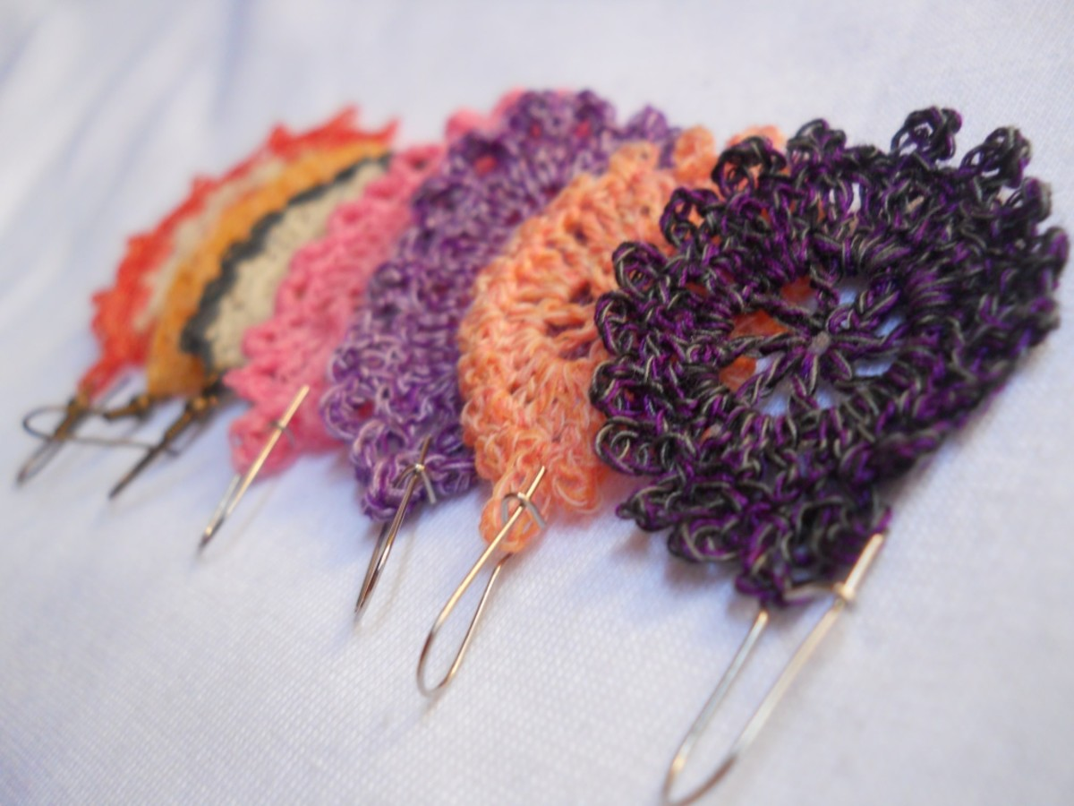 30-Minute Earrings to Crochet - A Collection of Free Crochet Motif Patterns