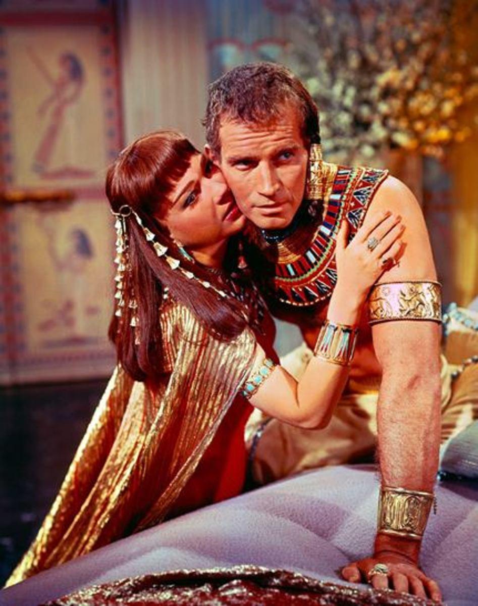 Anne Baxter with Charlton Heston
