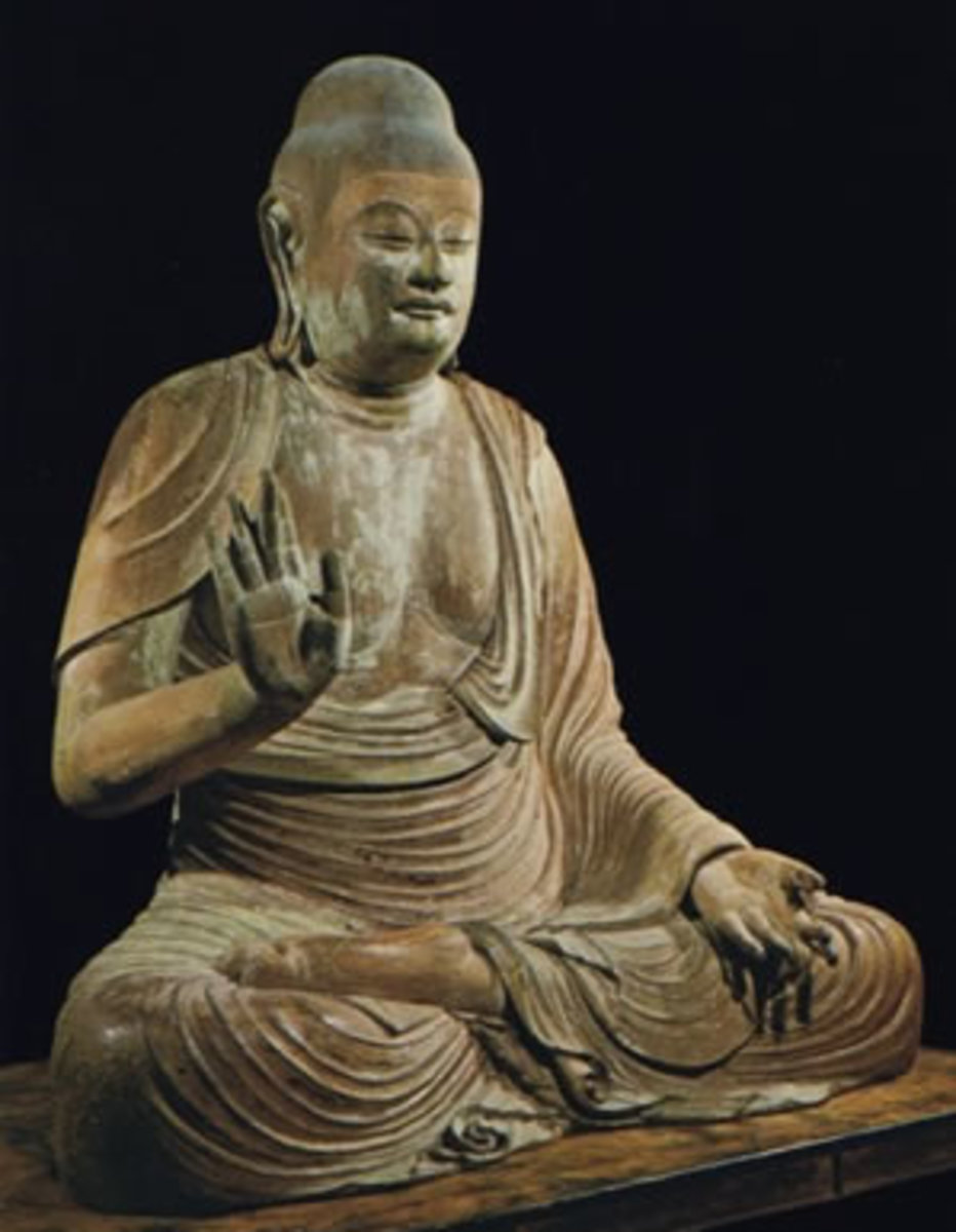 Shaka Nyorai. Notice the hand gestures.