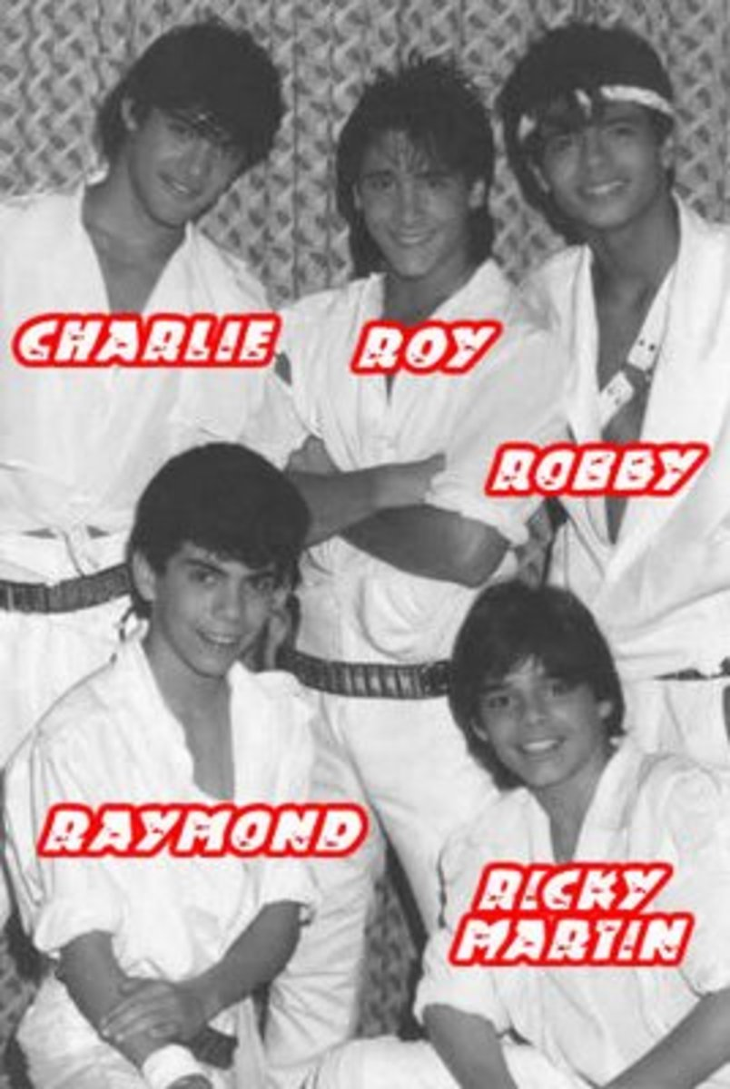 First 1985 lineup of Menudo. Newest member becomes Raymond Aceveda.