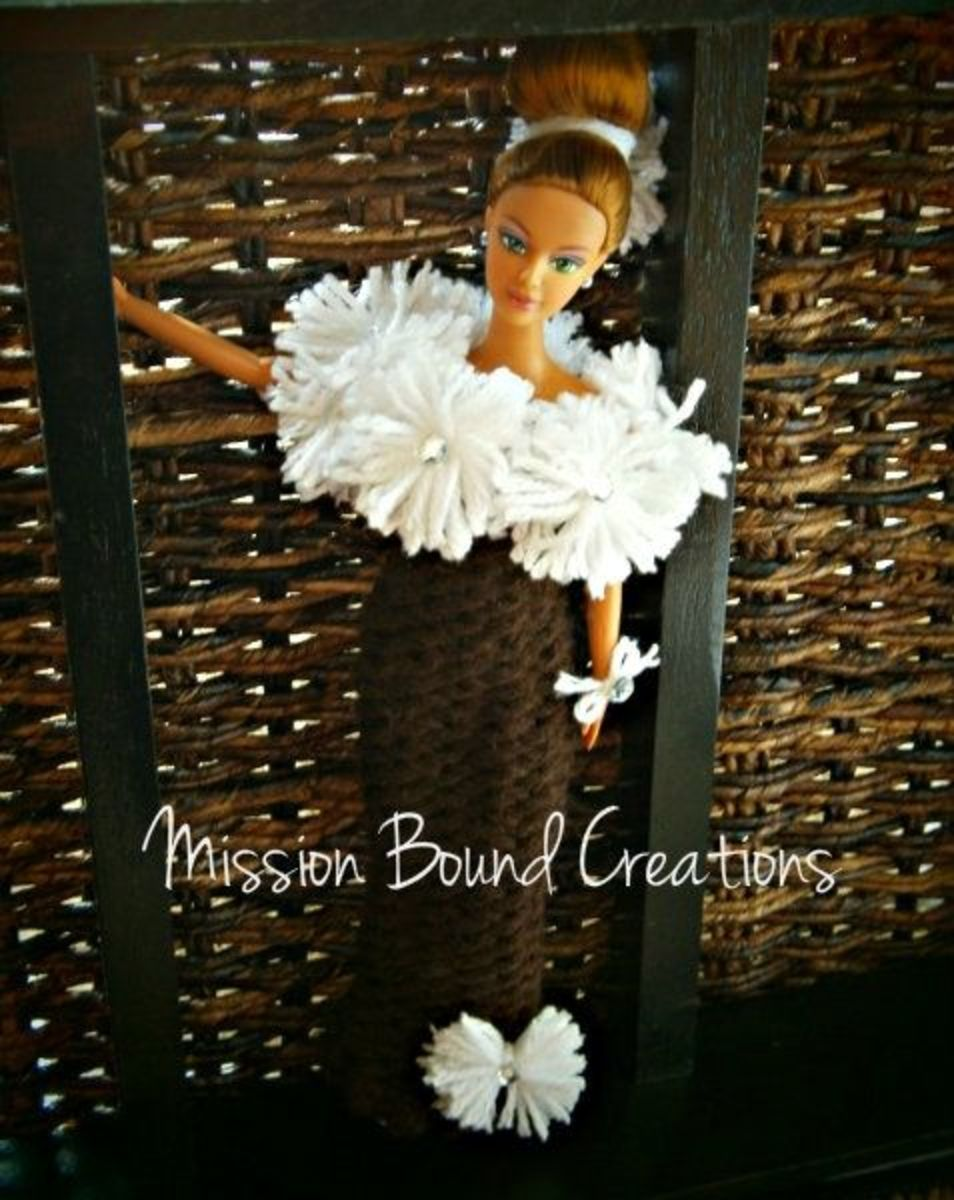 Loom-Knit-a-Doll-Dress