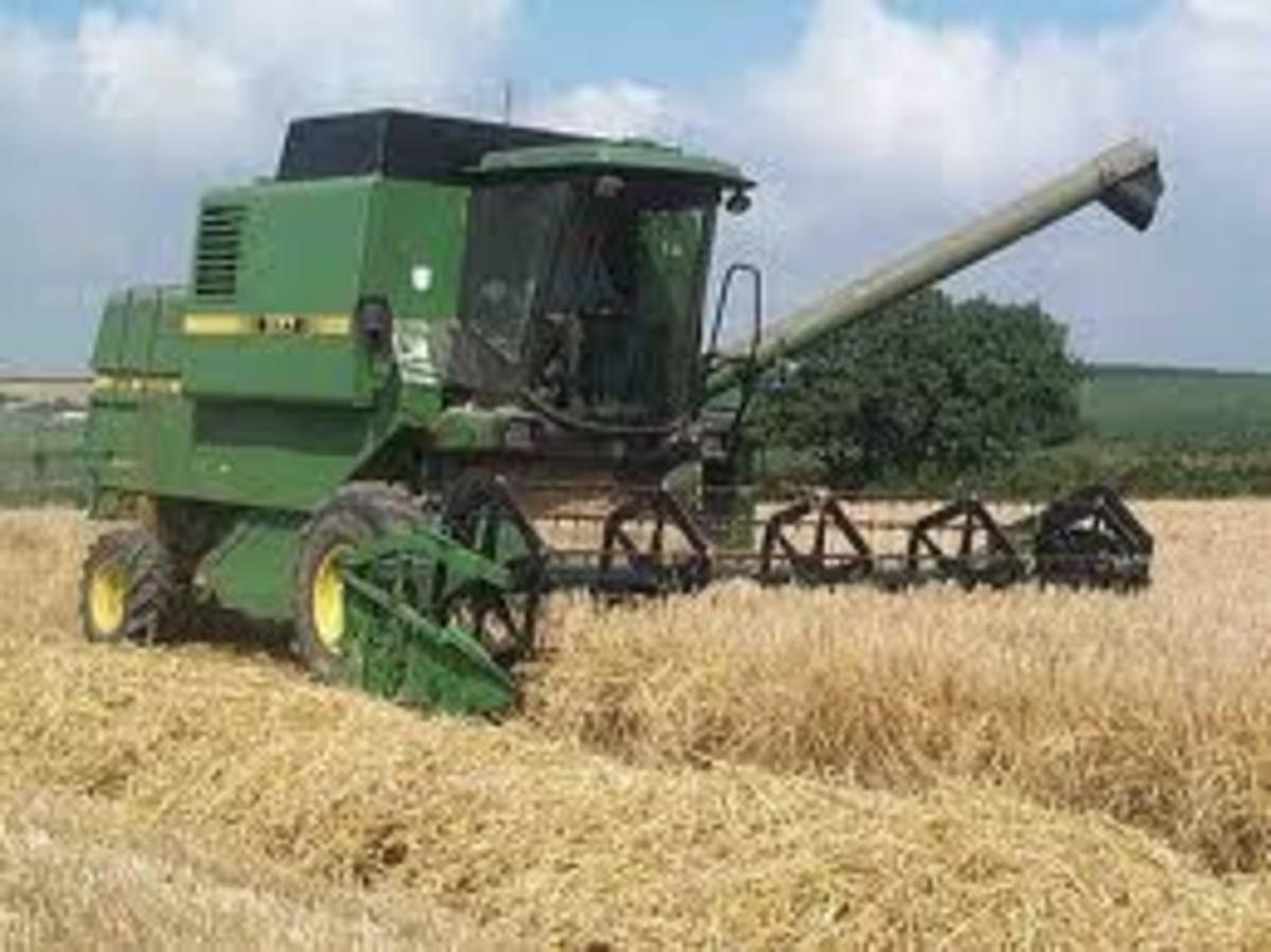 Harvester combine are very complex machines, but they help the farmers a lot at harvest time, can you just imagine that this machine cuts the wheat plants at one end and gives us clean wheat at the other end.
