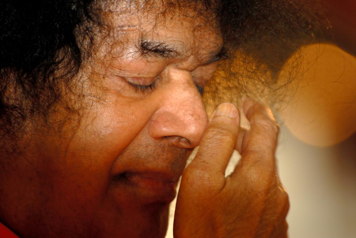 Sri Sathya Sai Baba 1926 - 2011