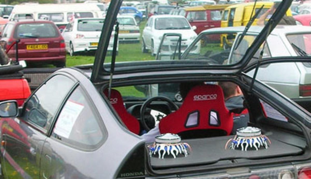 Hatchback Speakers
