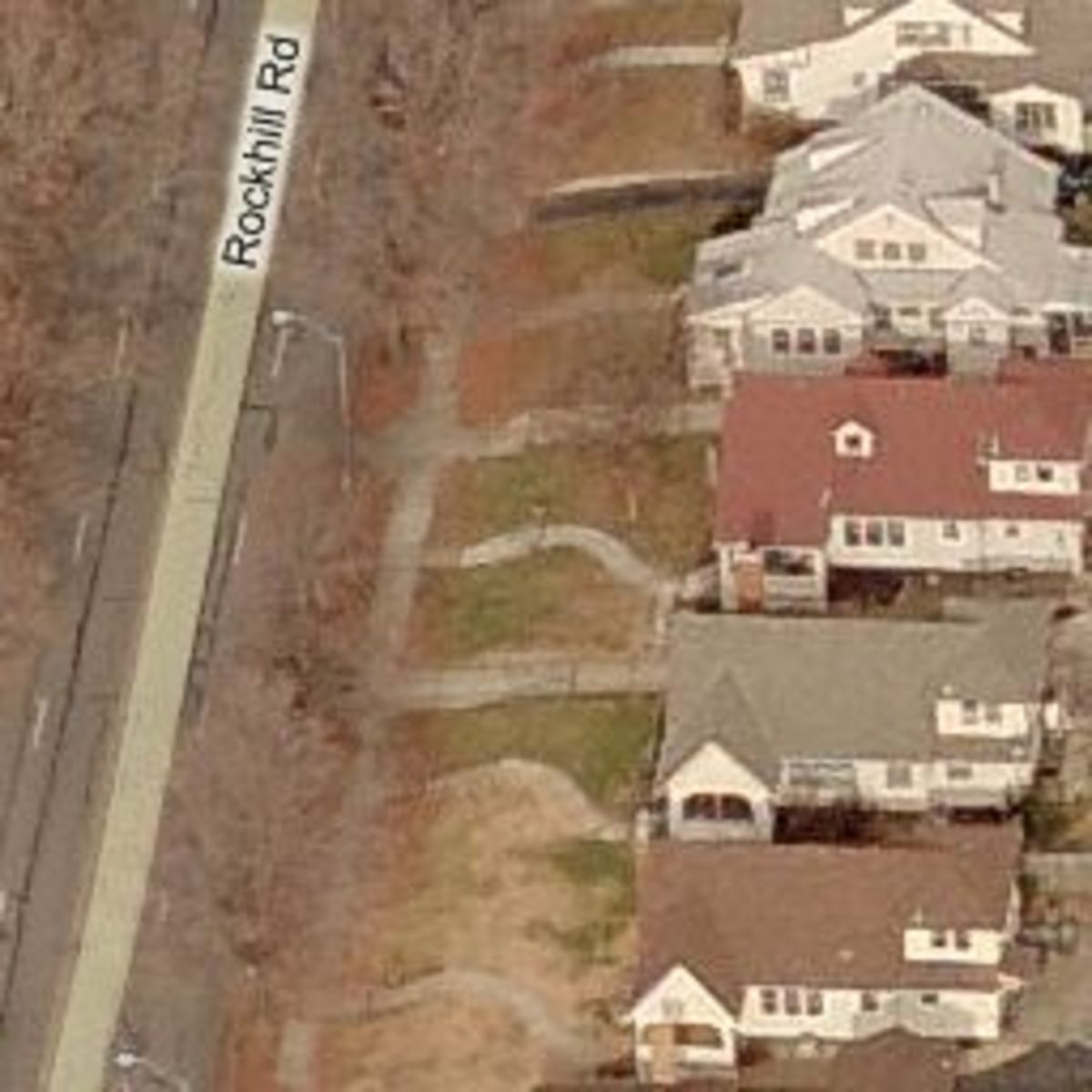 The house located at the top right with the grey roof is the location of Leila's murder.  The house located at Rockhill Road was built in 1924.