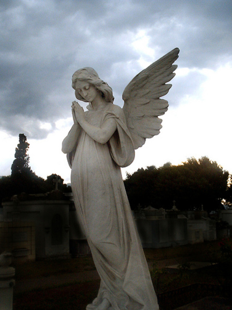 Angel Statues Meaning And Art Hubpages